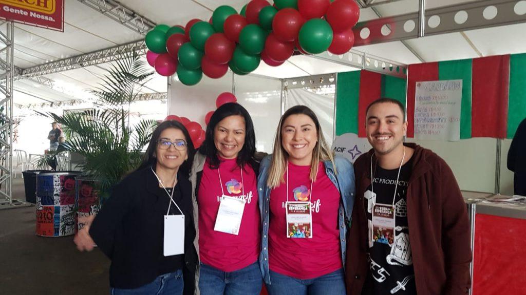 Equipe PodeROSA – feira da esperança 3