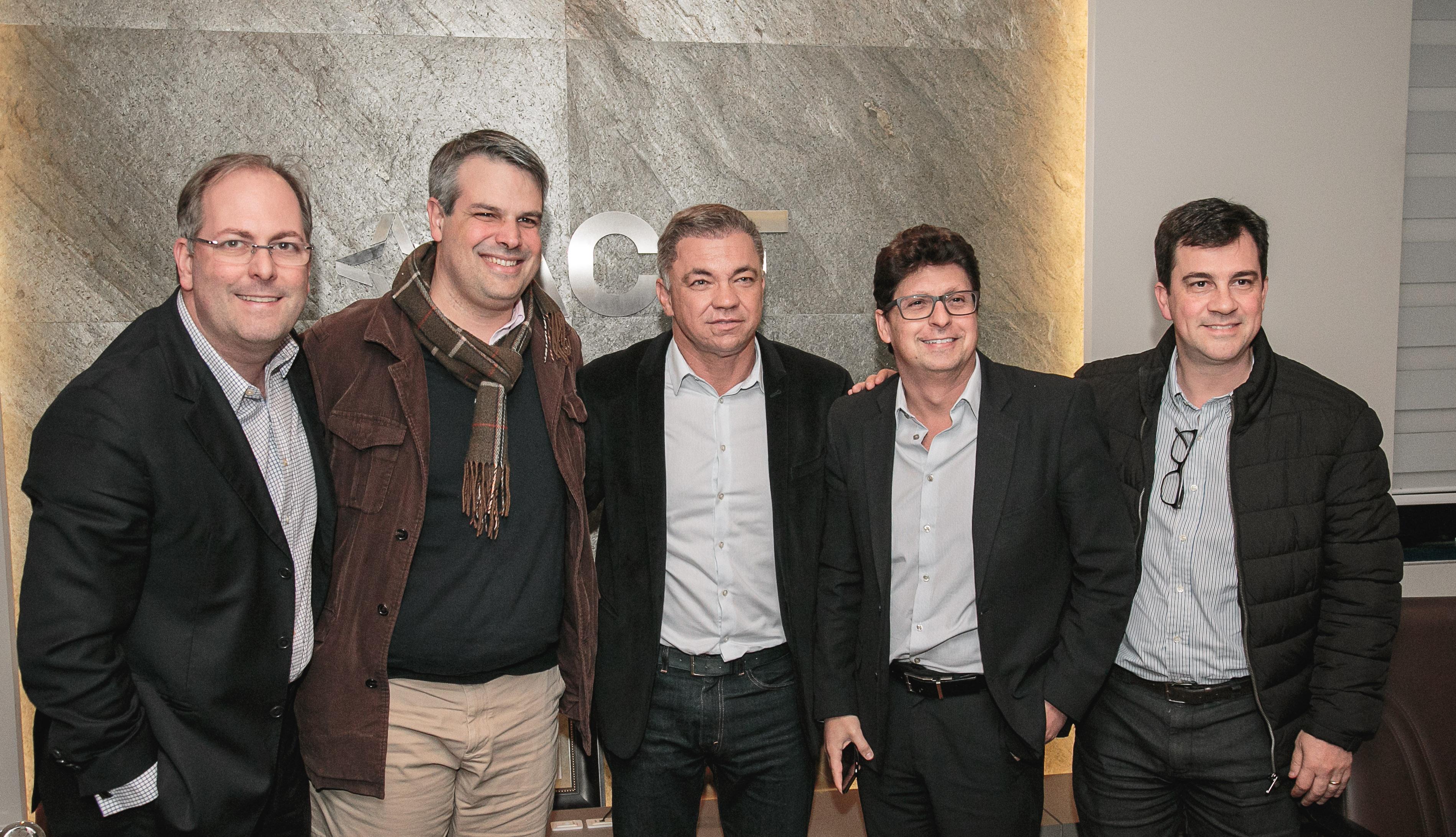 Gean Loureiro recebe demandas de empresários de Florianópolis