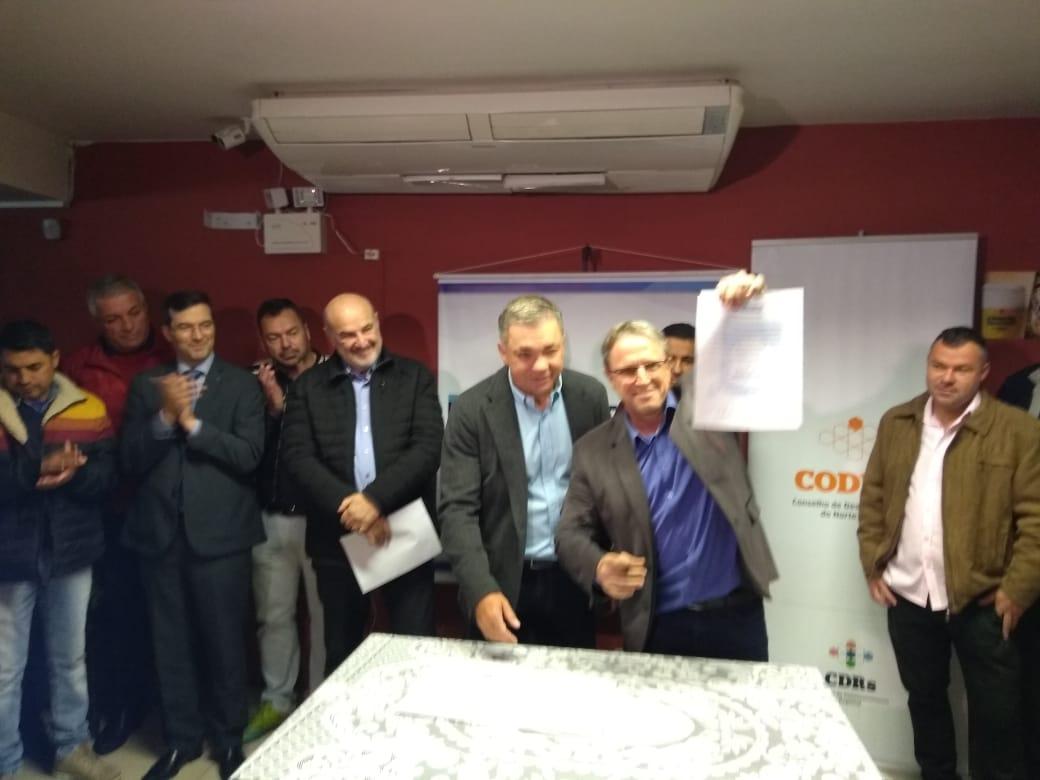 ACIF soma esforços ao CODENI e comemora a assinatura da Ordem de Serviço para início das obras de alargamento da Praia de Canasvieiras.